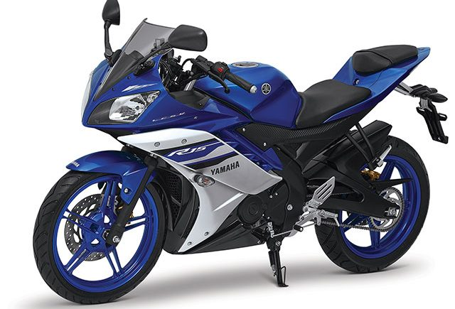 03-Yamaha-YZF-R15-2016